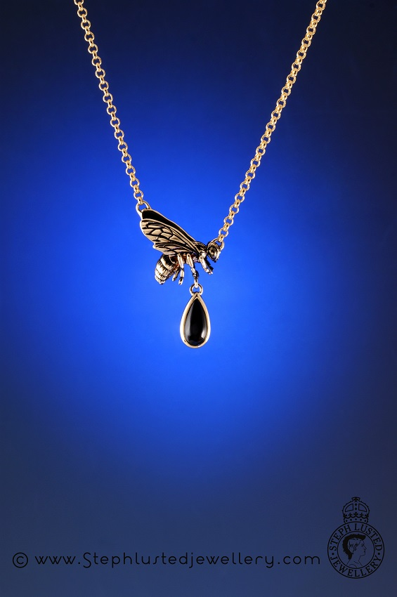Gold_Honeybee_Necklace