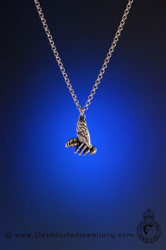 Honeybee_Charm_Pendant