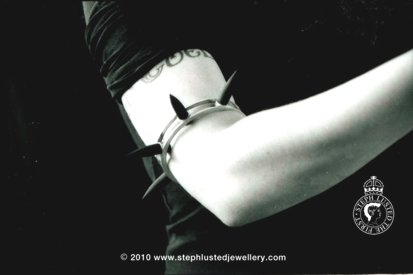 Rubber Spiked Armband