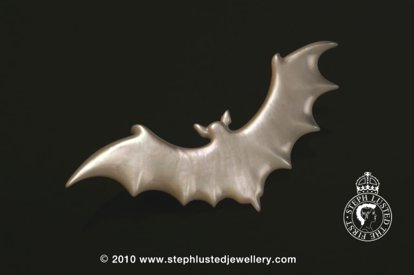Mother of Pearl Bat Brooch Large