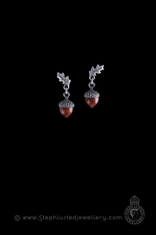 Acorn_and_Oak_Leaf_Earrings