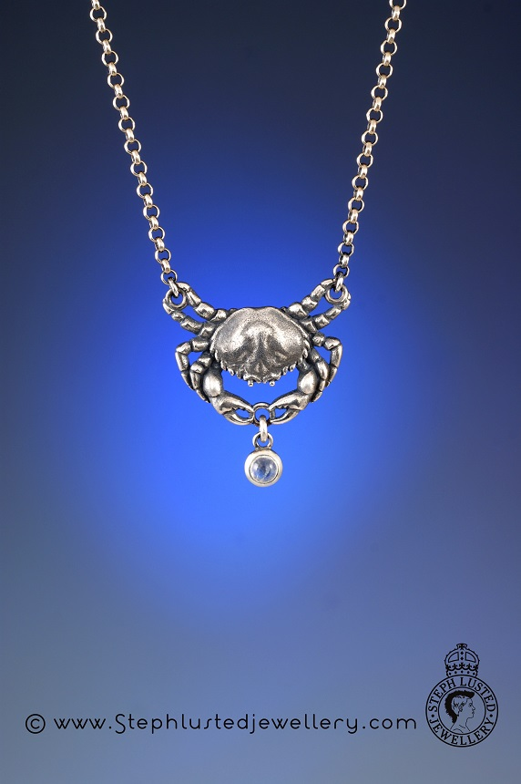 Crab_with_Moonstone_Necklace
