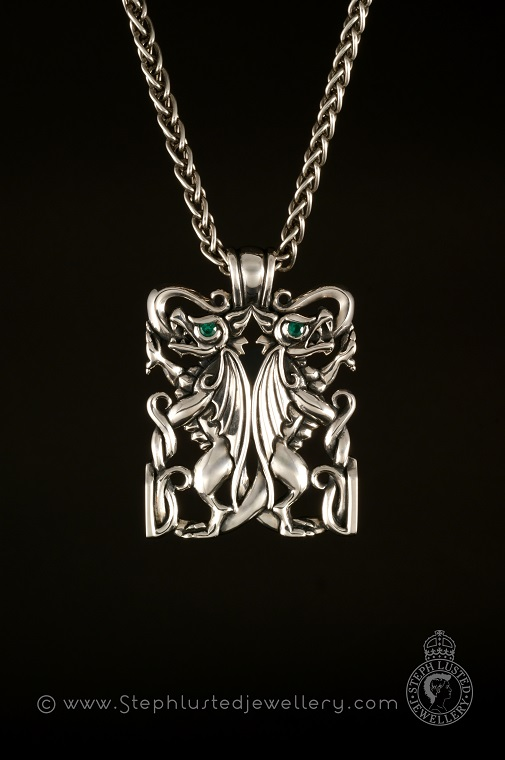 Double_Dragon_Pendant_Polished