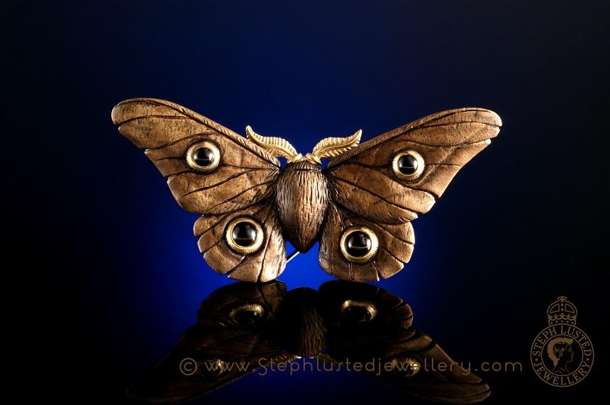 Emperor_Gum_Moth_Brooch_Onyx
