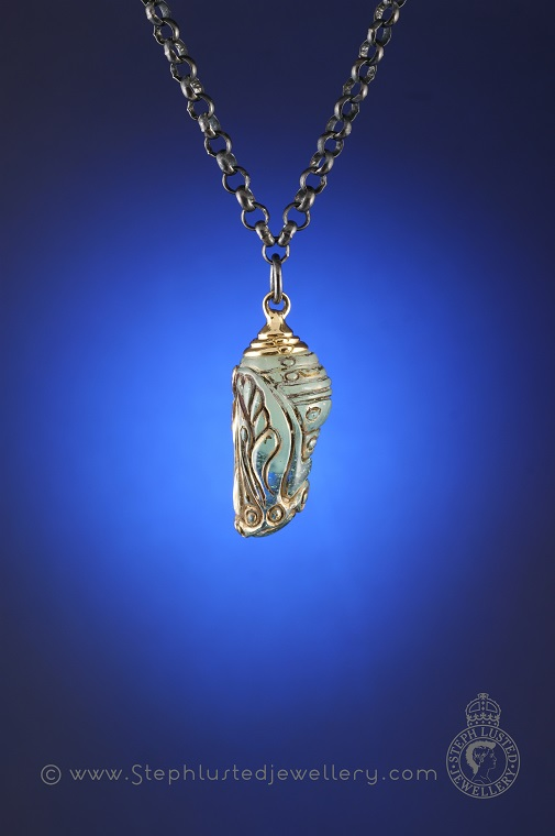 Glass_Chrysalis_Necklace_StephLustedJewellery