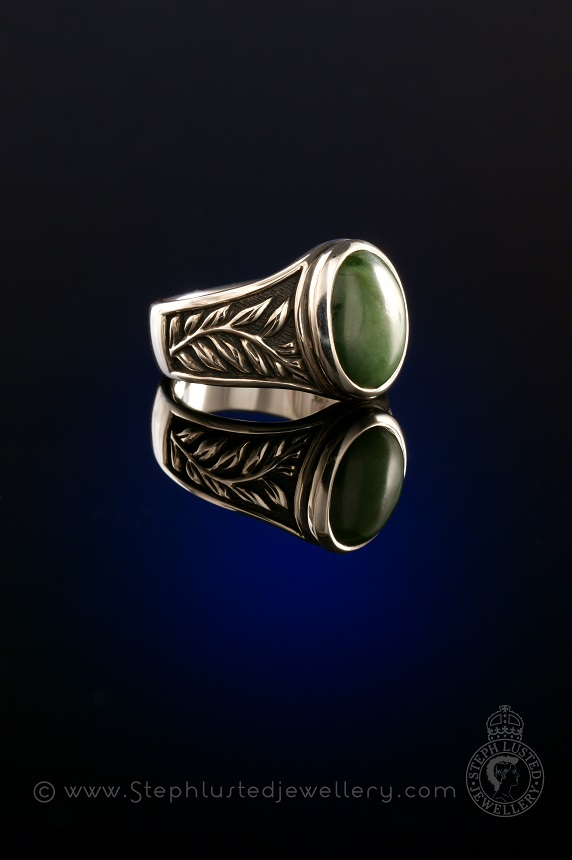 Oval_Greenstone_Fern_Ring_StephLustedJewellery