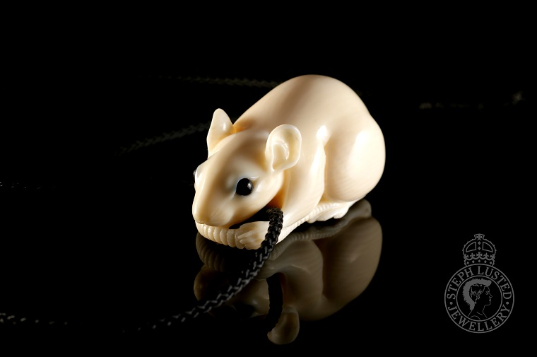 Rat_Netsuke_Necklace