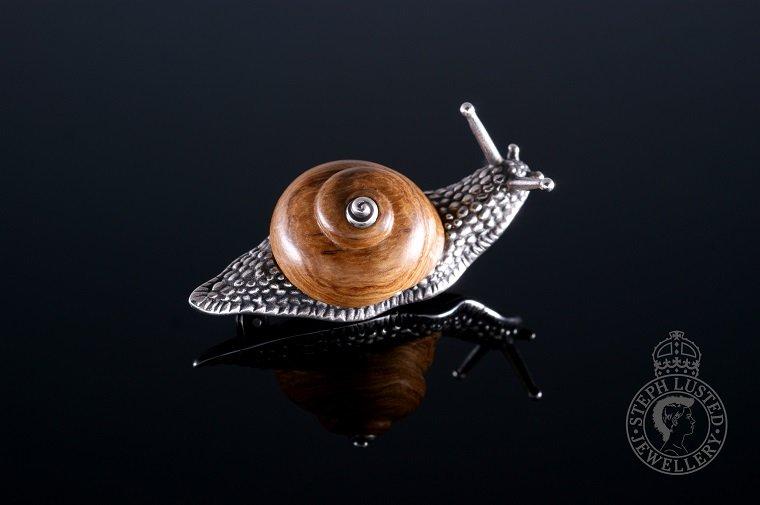 Snail_Brooch