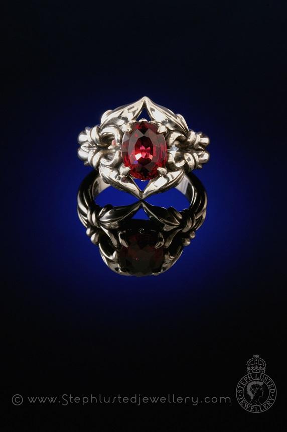 Fluer-de-lis_Dark_Royal_Ring_Commission