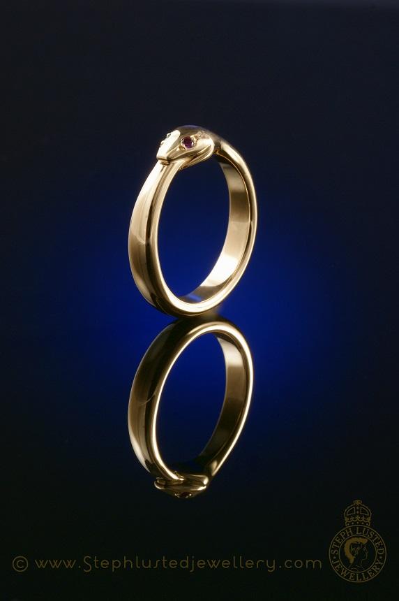 Snake_Mens_Wedding_Ring_StephLustedJewellery