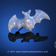 Mother of Pearl Bat Brooch Small