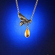 Manuka Honey Bee Necklace